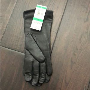 Alfani black leather gloves with cashmere lining